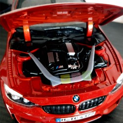 Strut bar for BMW M3/M4